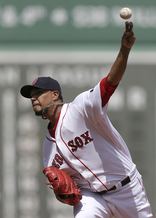 Boston Red Sox pitcher Felix Doubront delivers a pitch against the Arizona Diamondbacks in the first inning of an MLB inter-league baseball game at Fenway Park in Boston, Sunday, Aug. 4, 2013. (AP Photo/Steven Senne)