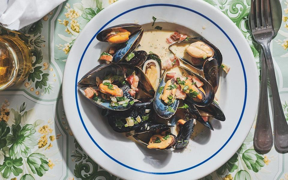Moules poulettes recipe - Photography: Haarala Hamilton. Food styling: Valerie Berry