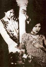 Zubeida Begum Dhanrajgir broke barriers when she became one of the first women from a royal background to enter into films. She was only 12 when Zubeida first made her entry into filmdom, with the silent film, Kohinoor. However, it was in 1931 that she had the biggest hit of her acting career, with the film Alam Ara (1931). It catapulted her into stardom and made her one of the most sought-after female actresses of the pre-independence era. Over the years, Zubeida teamed up with Jal Merchant and starred in several mythological films in the 1930s, and 40s, where she portrayed the roles of Subhadra, Uttara and Draupadi. She gave up her film career after she married Maharaj Narsingir Dhanrajgir Gyan Bahadur of Hyderabad in 1949.