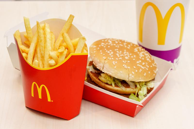 High Costs & Sales Slump to Hurt McDonald's (MCD) Q1 Earnings
