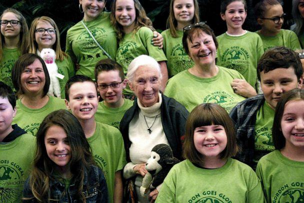 PHOTO: Jane Goodall with members of the Gordon Roots & Shoots group from Michigan. (JGI/Mary Paris)