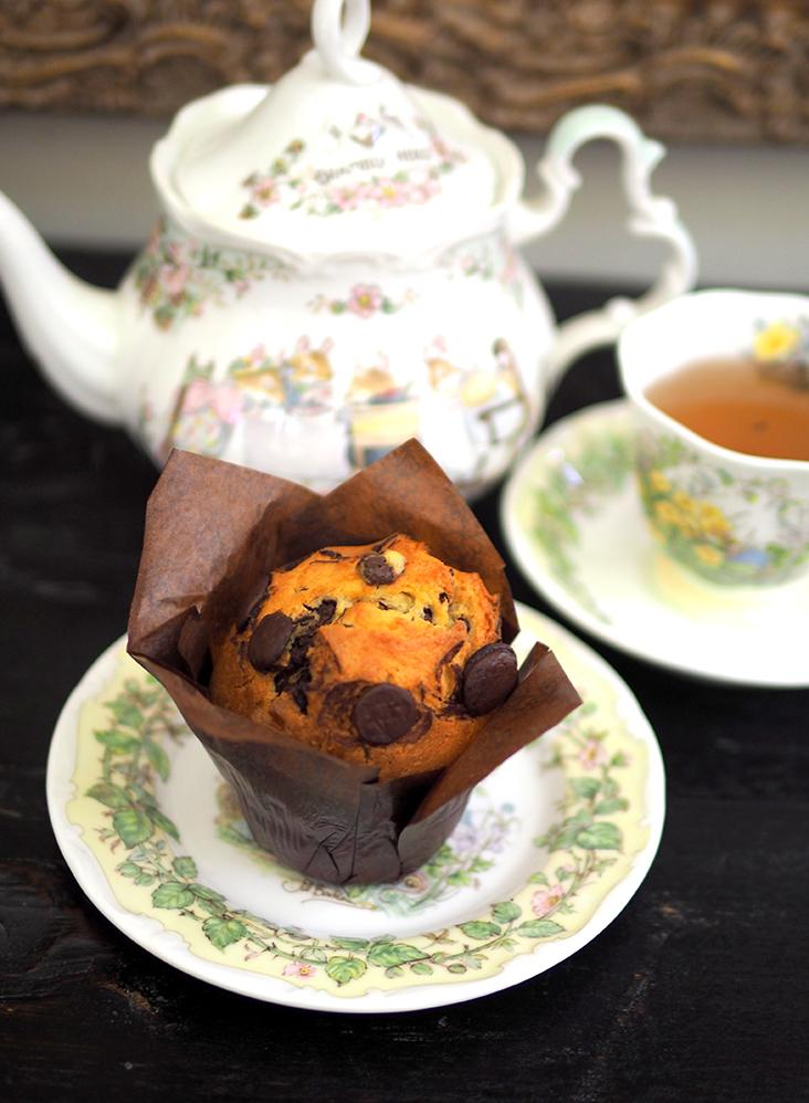 Their chocolate muffin is indulgent with lots of chocolate chips inside.