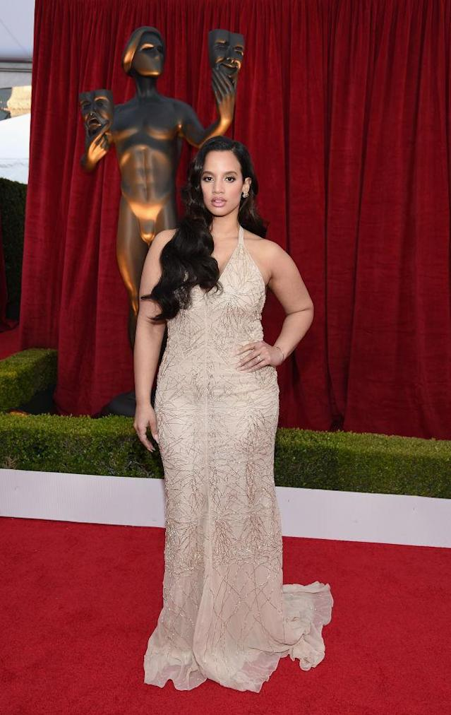 <p>With gorgeous long waves, Polanco looked super glamorous in a sheer dress. (Photo: Getty Images) </p>