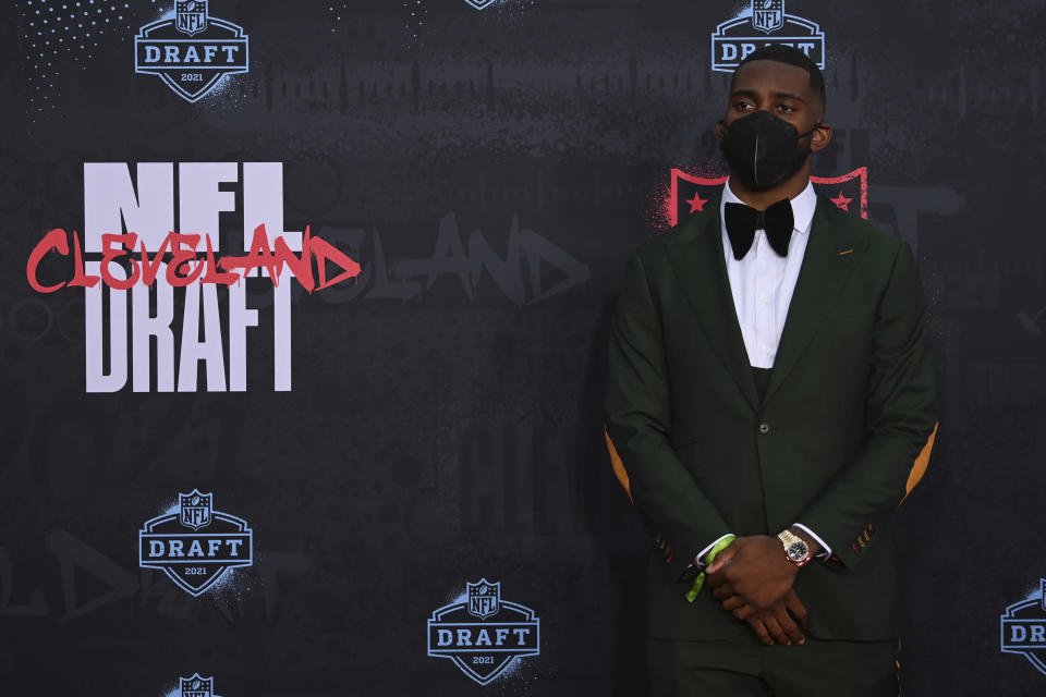 Florida tight end Kyle Pitts appears on the Red Carpet at the Rock & Roll Hall of Fame before the NFL football draft, Thursday, April 29, 2021, in Cleveland. (AP Photo/David Dermer, Pool)