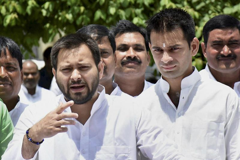 Tejashwi as CM Face: Can Temporary Truce Save RJD Amid Growing Political Ambitions of Lalu Scions?