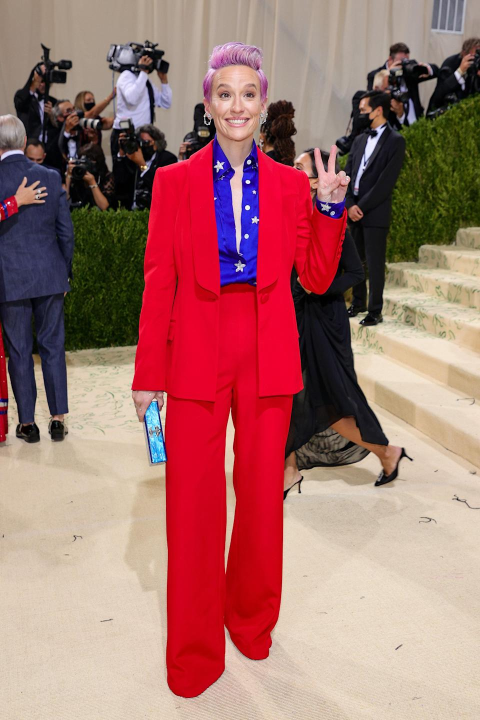 """<h1 class=""""title"""">Megan Rapinoe in Sergio Hudson</h1><cite class=""""credit"""">Photo: Getty Images</cite>"""