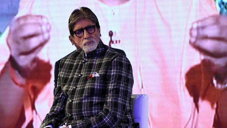 Amitabh Bachchan undergoes second eye surgery, is recovering well
