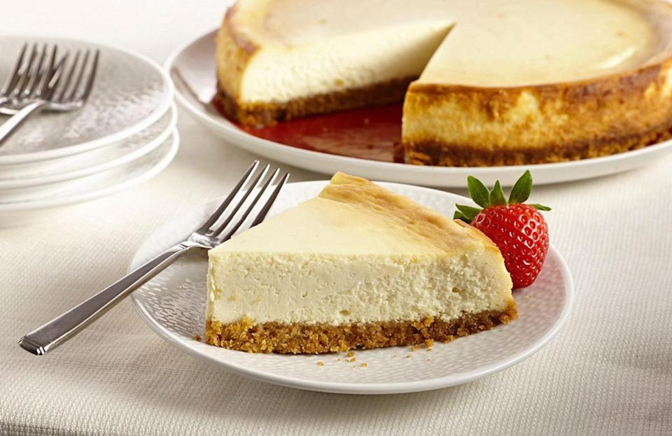 "<p>New York is so obsessed with cheesecake that the state has its own way to serve it: dense, with cream cheese and served without fruit. Making this recipe at home is a great way to celebrate the history of the Empire State and to really <a href=""https://www.thedailymeal.com/cook/genius-hacks-amateur-baker?referrer=yahoo&category=beauty_food&include_utm=1&utm_medium=referral&utm_source=yahoo&utm_campaign=feed"" rel=""nofollow noopener"" target=""_blank"" data-ylk=""slk:put your baking skills to the test"" class=""link rapid-noclick-resp"">put your baking skills to the test</a>.</p> <p><a href=""https://www.thedailymeal.com/recipes/new-york-style-vanilla-cheesecake-recipe?referrer=yahoo&category=beauty_food&include_utm=1&utm_medium=referral&utm_source=yahoo&utm_campaign=feed"" rel=""nofollow noopener"" target=""_blank"" data-ylk=""slk:For the New York Style Vanilla Cheesecake recipe, click here."" class=""link rapid-noclick-resp"">For the New York Style Vanilla Cheesecake recipe, click here.</a></p>"
