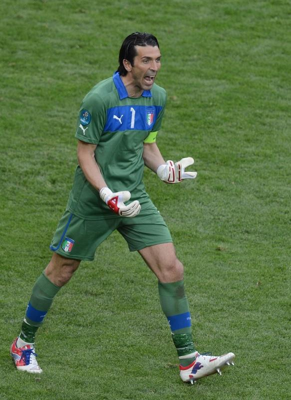 Italian goalkeeper Gianluigi Buffon reacts during the Euro 2012 championships football match Spain vs Italy on June 10, 2012 at the Gdansk Arena. The game ended in a draw 1-1. AFPPHOTO/ PATRIK STOLLARZPATRIK STOLLARZ/AFP/GettyImages