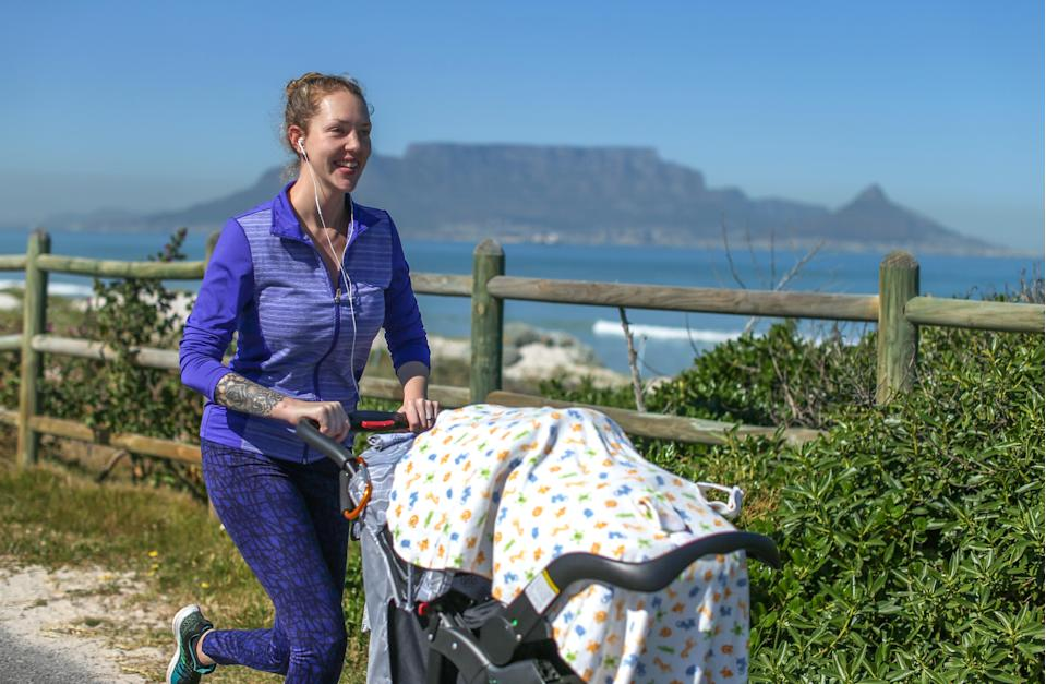 Experts are advising not to cover your child's stroller with a blanket, like in the image above. Image via Getty Images.