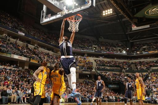 INDIANAPOLIS, IN - APRIL 5: Kevin Durant #35 of the Oklahoma City Thunder dunks against the Indiana Pacers on April 5, 2013 at Bankers Life Fieldhouse in Indianapolis, Indiana. (Photo by Ron Hoskins/NBAE via Getty Images)