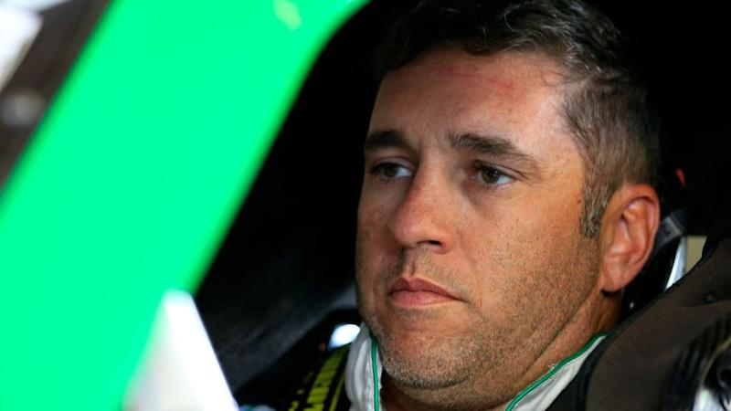 Elliott Sadler to stop driving full-time after 2018 season