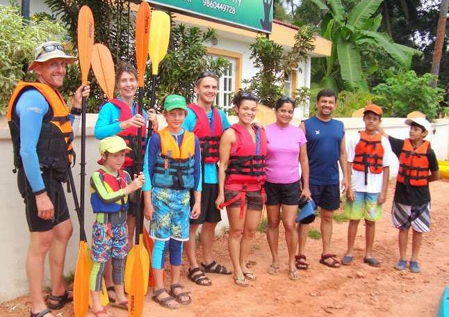 Make kayaker friends from all age groups and nationalities while you train with the Goa Kayaking Club.