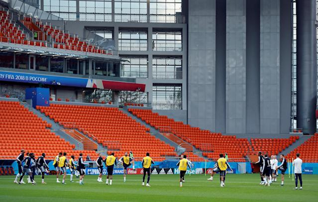 Soccer Football - World Cup - France Training - Ekaterinburg Arena, Yekaterinburg, Russia - June 20, 2018 France players during training REUTERS/Andrew Couldridge