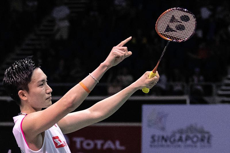 World No. 1s take different paths to clinch their 2nd Singapore Badminton Open titles