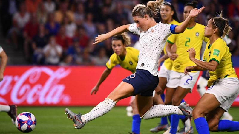 Hosts France beat Brazil in extra time to reach quarter-finals