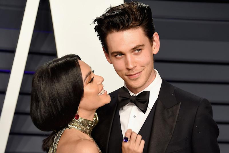 BEVERLY HILLS, CA - FEBRUARY 24: Vanessa Hudgens (L) and Austin Butler attend the 2019 Vanity Fair Oscar Party hosted by Radhika Jones at Wallis Annenberg Center for the Performing Arts on February 24, 2019 in Beverly Hills, California. (Photo by Gregg DeGuire/FilmMagic)