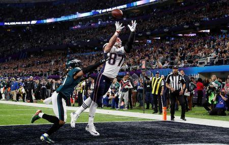 NFL Football - Philadelphia Eagles v New England Patriots - Super Bowl LII - U.S. Bank Stadium, Minneapolis, Minnesota, U.S. - February 4, 2018 New England Patriots' Rob Gronkowski scores a touchdown REUTERS/Kevin Lamarque