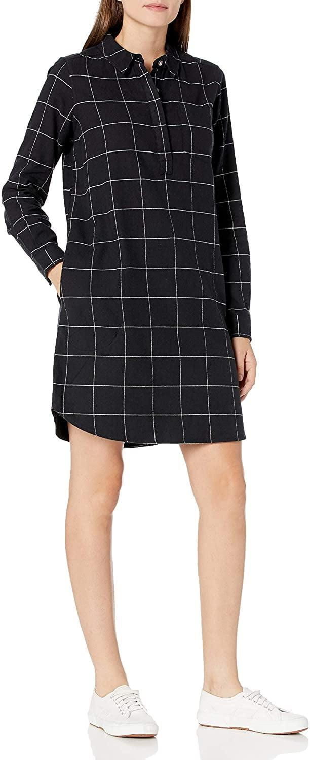 <p>Yes, this <span>Goodthreads Brushed Flannel Popover Dress</span> ($35) has pockets!</p>