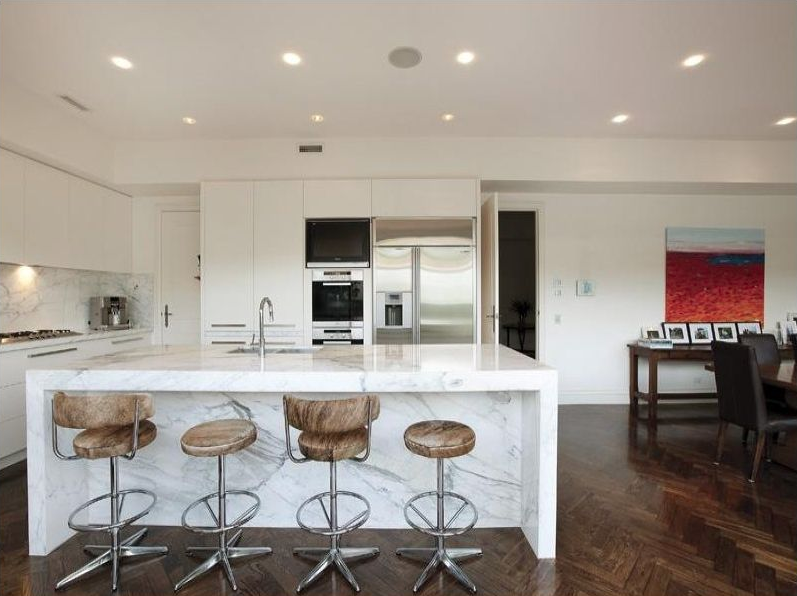 Pictured: Kitchen in George Calombaris' Toorak home. Image: Realestate.com