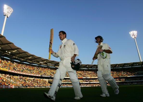 BRISBANE, AUSTRALIA - NOVEMBER 25: (L-R) Justin Langer and Ricky Ponting of Australia leave the field at the end of play on day three of the first Ashes Test Match between Australia and England at The Gabba on November 25, 2006 in Brisbane, Australia. (Photo by Cameron Spencer/Getty Images)