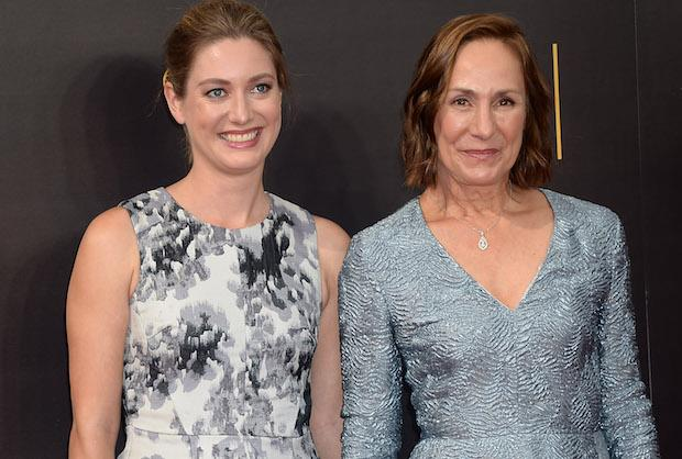 Big Bang Theory Laurie Metcalf S Daughter Zoe Perry To Play