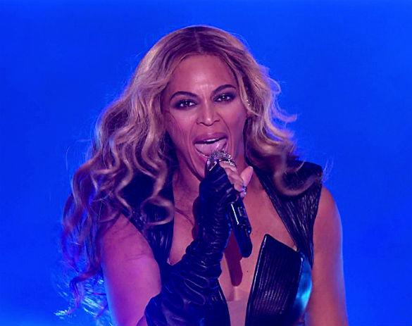 Beyonce May Have Owned The Super Bowl But Check Out The Scary Faces She Pulled!