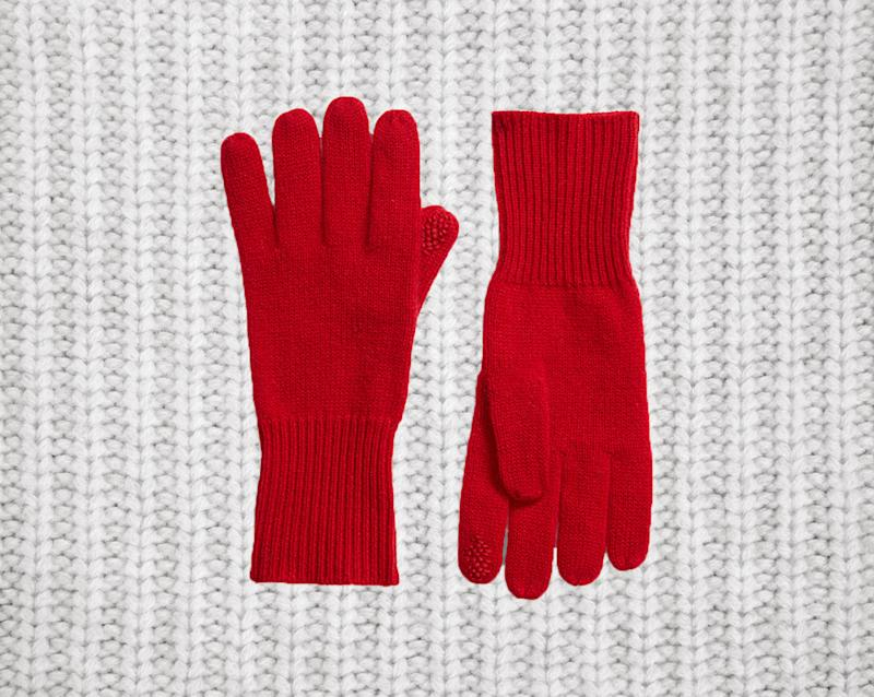 These cashmere gloves make for great gifts. (Photo: Nordstrom)