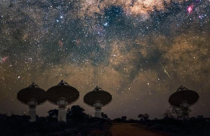 """<span class=""""caption"""">Diligence, technological progress and a little luck have together solved a 20 year mystery of the cosmos.</span> <span class=""""attribution""""><span class=""""source"""">CSIRO/Alex Cherney</span>, <a class=""""link rapid-noclick-resp"""" href=""""http://creativecommons.org/licenses/by-nd/4.0/"""" rel=""""nofollow noopener"""" target=""""_blank"""" data-ylk=""""slk:CC BY-ND"""">CC BY-ND</a></span>"""
