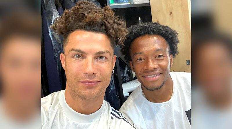 Cristiano Ronaldo New Look: Juventus Star Shows Off Latest 'Curly Locks' Hairstyle in Picture With Teammate Juan Cuadrado