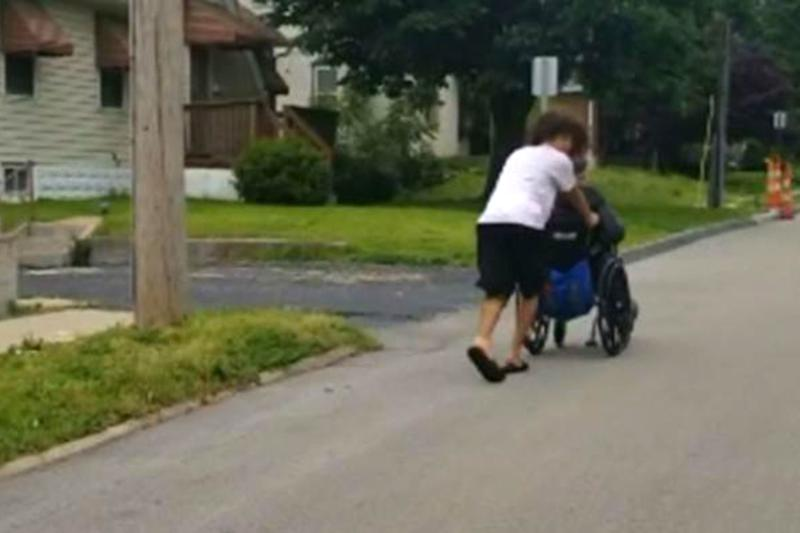 Teen Rescues Disabled Man in Wheelchair Before Tornado Hits: 'It's Good to Help Other People'