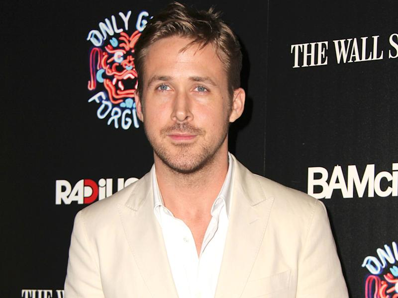 Gosling quiets break-up rumours