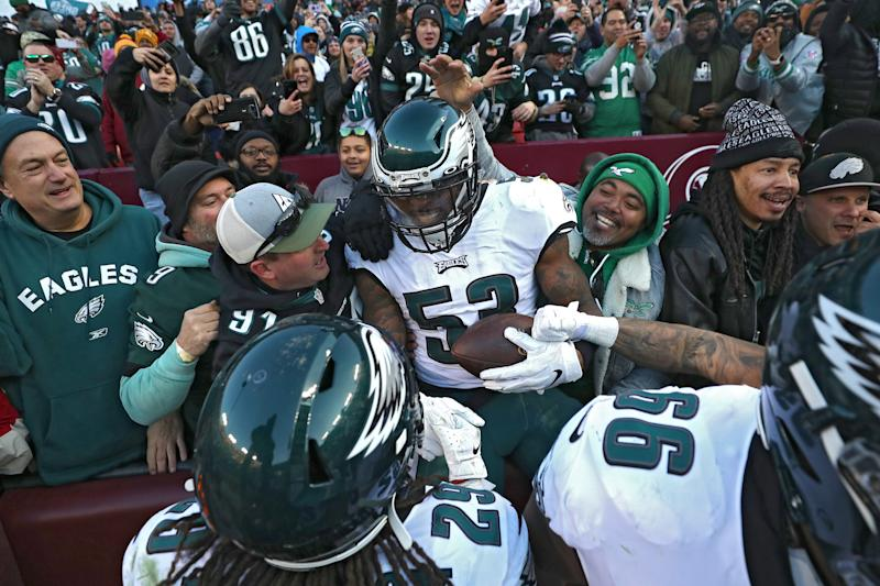 The Eagles kept pace in the NFC and delivered frustration for Washington bettors with a wild late touchdown. (Patrick Smith/Getty Images)