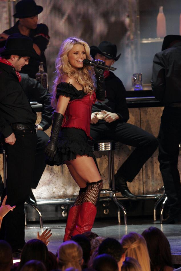 "Jessica Simpson performs ""These Boots are Made for Walkin',"" winner of ""Favorite Song From a Movie"" at ""People's Choice Awards 2006."""