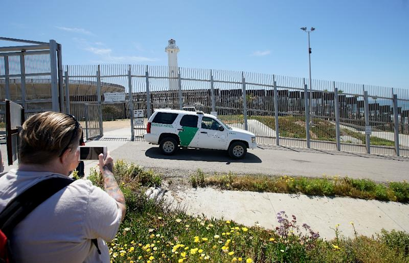 "Friendship Park, straddling the border between the US and Mexico, is to host a ""Tear Down This Wall!"" protest concert in June"