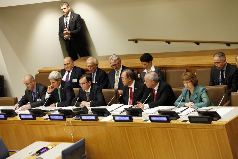 Catherine Ashton, right, High Representative of the European Union, Yuval Steinitz, 2nd right, Minister of Strategic Planning of Israe, Ban Ki-moon, 3rd right, Secretary General of UN,Espen Barth Eide, FM of Norway, 3rd left John Kerry, 2nd left, US Secretary of State and Rami Hamdallah, left, Palestinian Prime Minister at an Ad Hoc Liasion Committee held at U.N. Headquarters during the 68th session of UN General Assembly Wednesday, Sept. 25, 2013.(AP Photo/David Karp)