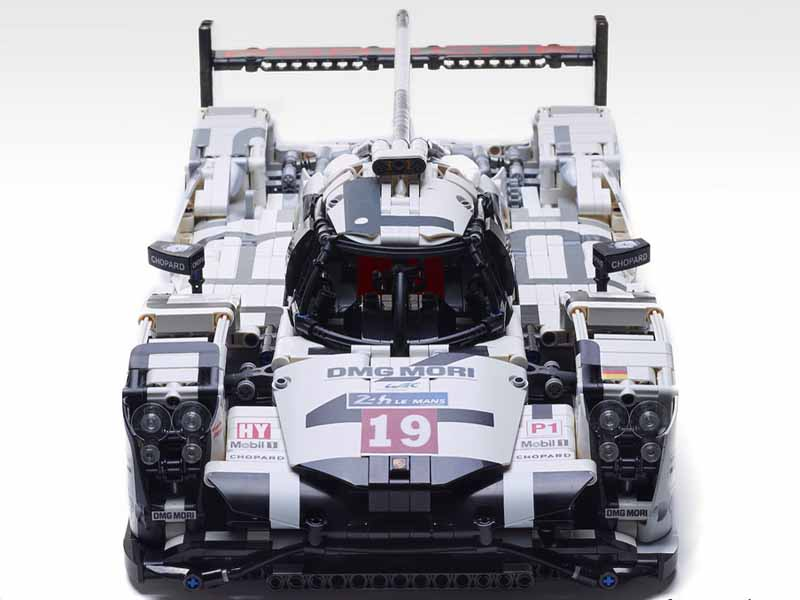 check out this porsche 919 hybrid lmp1 built entirely of lego. Black Bedroom Furniture Sets. Home Design Ideas