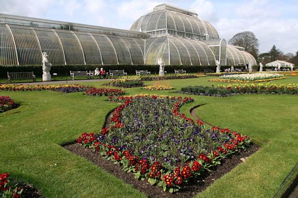 Embargoed to 0001 Wednesday March 5File photo dated 01/04/08 of the Palm House at the Royal Botanical Gardens Kew as Kew in west London had 29% more visitors last year, while London Zoo numbers rose 26.4% and Stonehenge was up 18.9%. PRESS ASSOCIATION Photo. Issue date: Wednesday March 5, 2014. Tourist hotspots such as Kew Gardens, London Zoo and Stonehenge all saw huge leaps in visitor numbers in 2013 compared to rainy 2012. Overall, the main visitor attractions in the UK welcomed 6% more people last year than in 2012, with outdoor attractions up 8%. See PA story TRAVEL Attractions. Photo credit should read: Katie Collins/PA Wire