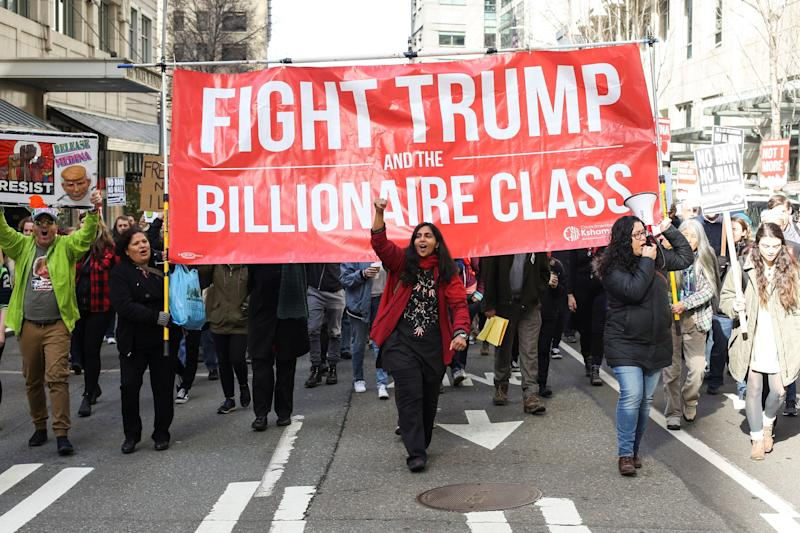 Seattle City Councilmember Kshama Sawant leads a march in support of a detained undocumented immigrant in 2017. Sawant, a socialist, was reelected Tuesday. (Photo: David Ryder / Reuters)