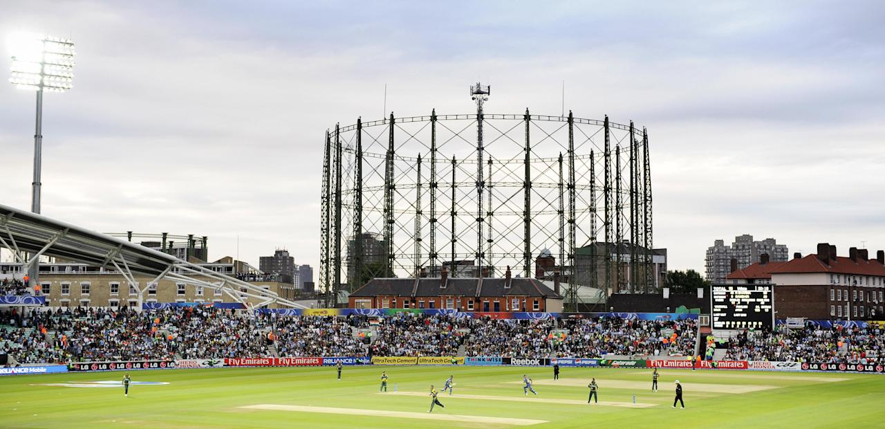 A general view of The Oval under floodlights is seen as India play against Pakistan in an ICC World Twenty20 warm-up match at the Oval in London June 3, 2009. India beat Pakistan by 9 wickets. (ADRIAN DENNIS/AFP/Getty Images)
