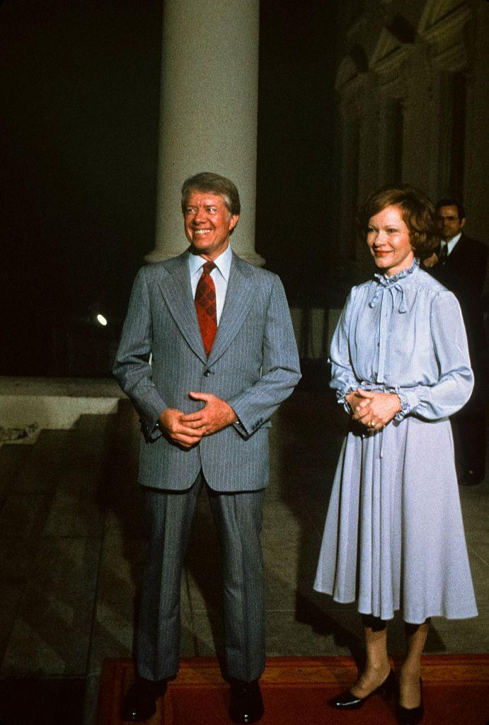 "<p>Rosalynn Carter reportedly didn't care much for flashy clothing items, preferring designs with raised necklines and long sleeves. According to the <em><a href=""https://www.washingtonpost.com/archive/lifestyle/1977/01/30/rosalynn-carters-fashion/efef981c-845a-440a-90a8-329c1c52b698/"" rel=""nofollow noopener"" target=""_blank"" data-ylk=""slk:Washington Post"" class=""link rapid-noclick-resp"">Washington Post</a></em>, she even brought a sewing machine to the White House to bring life to old vintage items. </p>"