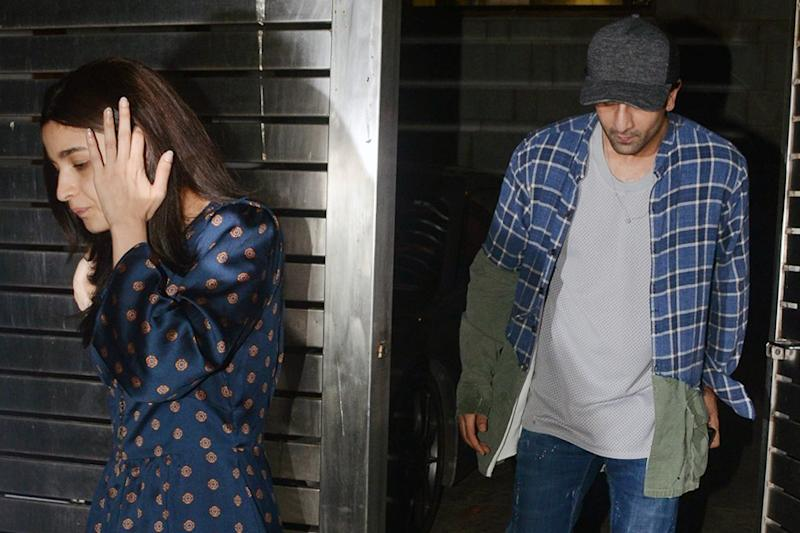 These Pictures of Ranbir Kapoor & Alia Bhatt Spending Quality Time in New York Go Viral