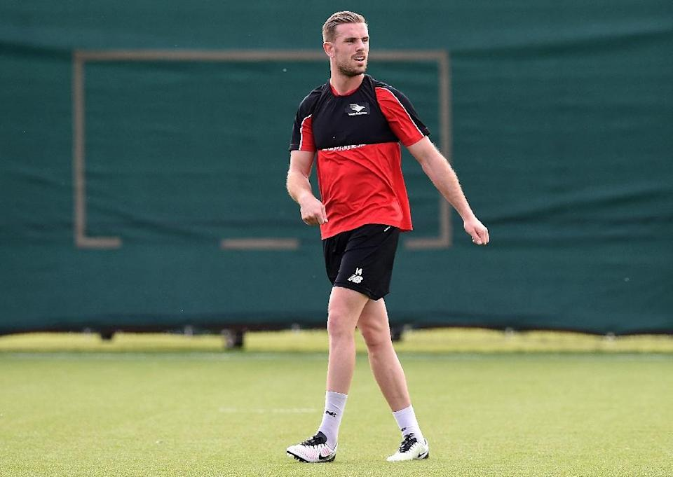 Liverpool's English midfielder Jordan Henderson participates in a training session at their Melwood training complex in Liverpool, England, on May 13, 2016 (AFP Photo/Paul Ellis)