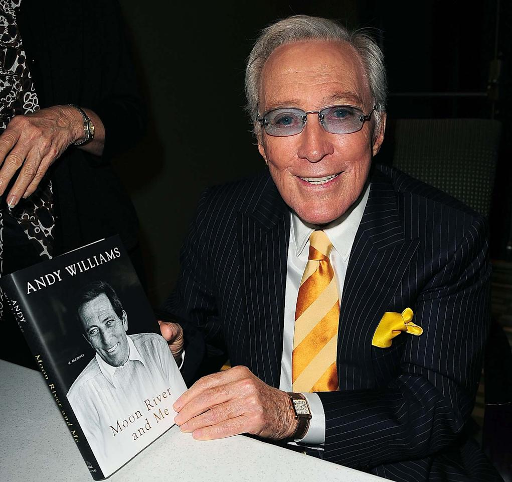 "MIAMI - OCTOBER 17:  Singer Andy Williams discusses his new book ""Moon River and Me"" at Temple Judea on October 17, 2009 in Miami, Florida.  (Photo by Gustavo Caballero/Getty Images)"