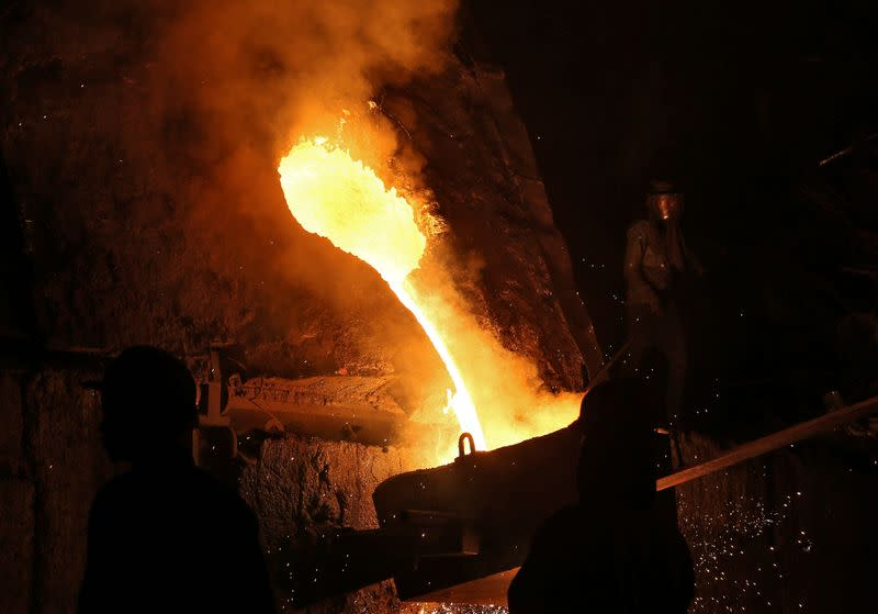India asks oil and gas producers to use more local steel in infrastructure