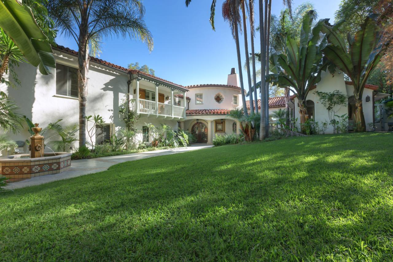<p>Tyra Banks is putting her 1926 Spanish Colonial on the market for $7,750,000. <i>(Photo bySotheby's International Realty)</i></p>