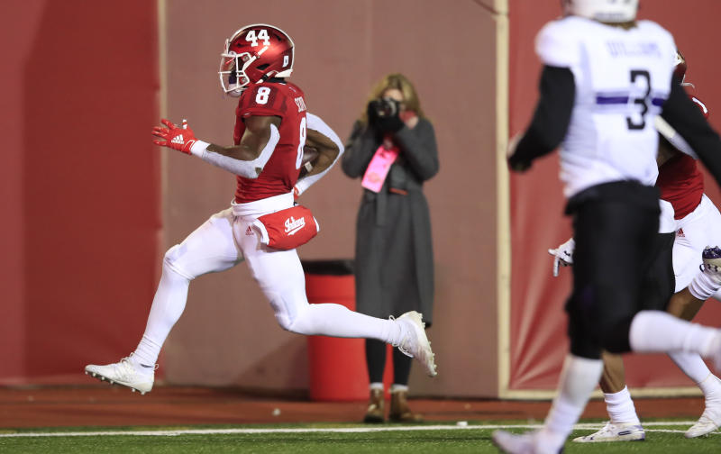 BLOOMINGTON, INDIANA - NOVEMBER 02: Stevie Scott III #8 of the Indiana Hoosiers runs for a touchdown against the Northwestern Wildcats at Memorial Stadium on November 02, 2019 in Bloomington, Indiana. (Photo by Andy Lyons/Getty Images)