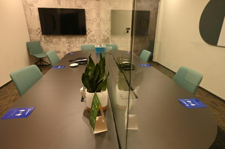 Meetings rooms at Connect@Changi will have glass panel dividers, where busineess travellers can communicate via intercom