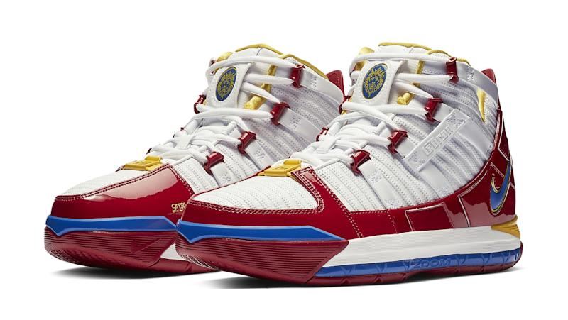 91bd6216994c0 This Rare  Superman -Inspired Nike LeBron Sneaker Is Releasing for the First  Time
