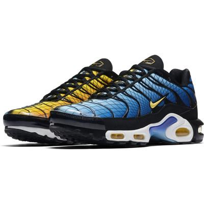 new product 14fba d1ef5 Foot Locker Unveils Nike 'Home & Away' Collection And Tuned ...